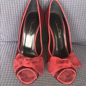 Red pony hair suede stacked heel bow peep tow pump